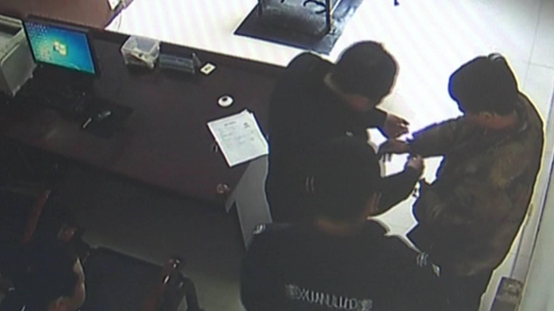 71秒|男子派出所报案自称遭遇电信诈骗 却被当场拘捕