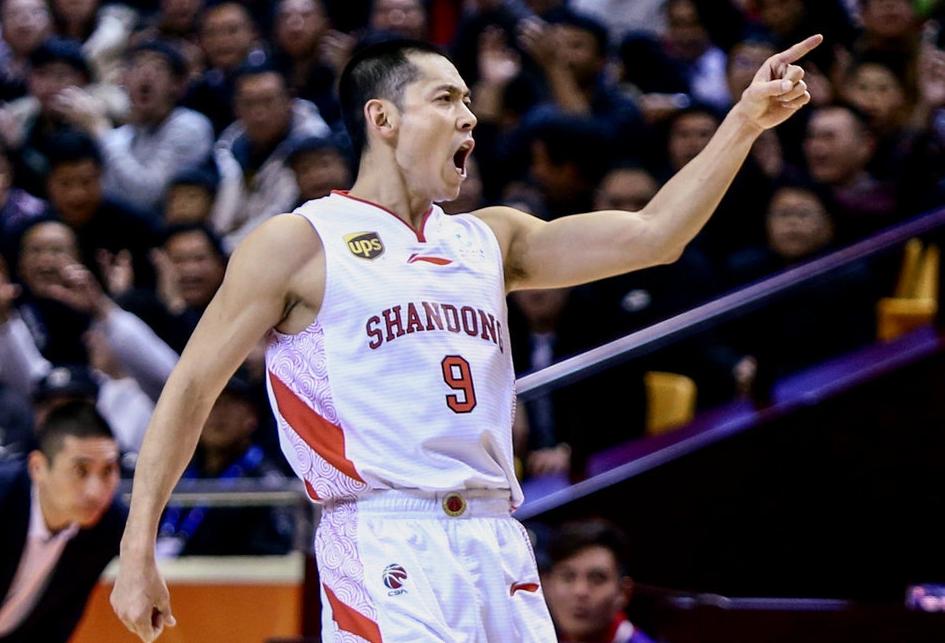 山东赢球劳森成球队英雄 季后赛名次争夺进入白热化