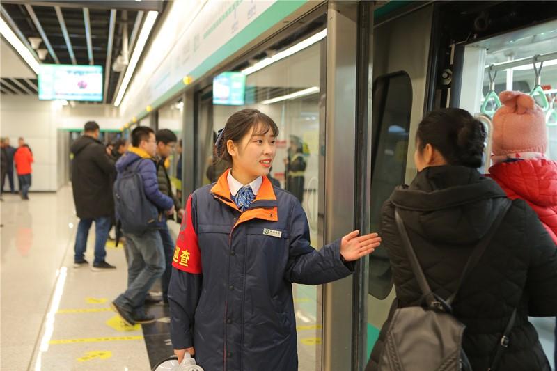 乘客突破百万人次!青岛地铁13号线开通满月