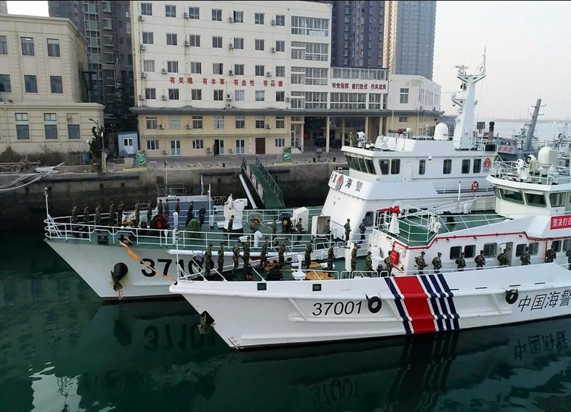 海警官兵:坚守岗位 拉网巡查 创和谐平安海域环境
