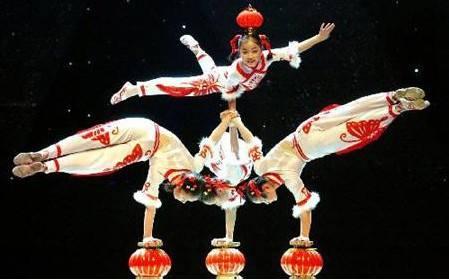 60秒|齐白石特展、中国新杂技、元宵戏曲晚会……春节文化大餐已为您备好