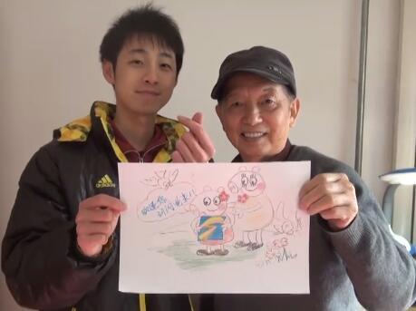 """90秒丨济南版""""啥是佩奇""""!老人画闪电新闻logo信手拈来"""