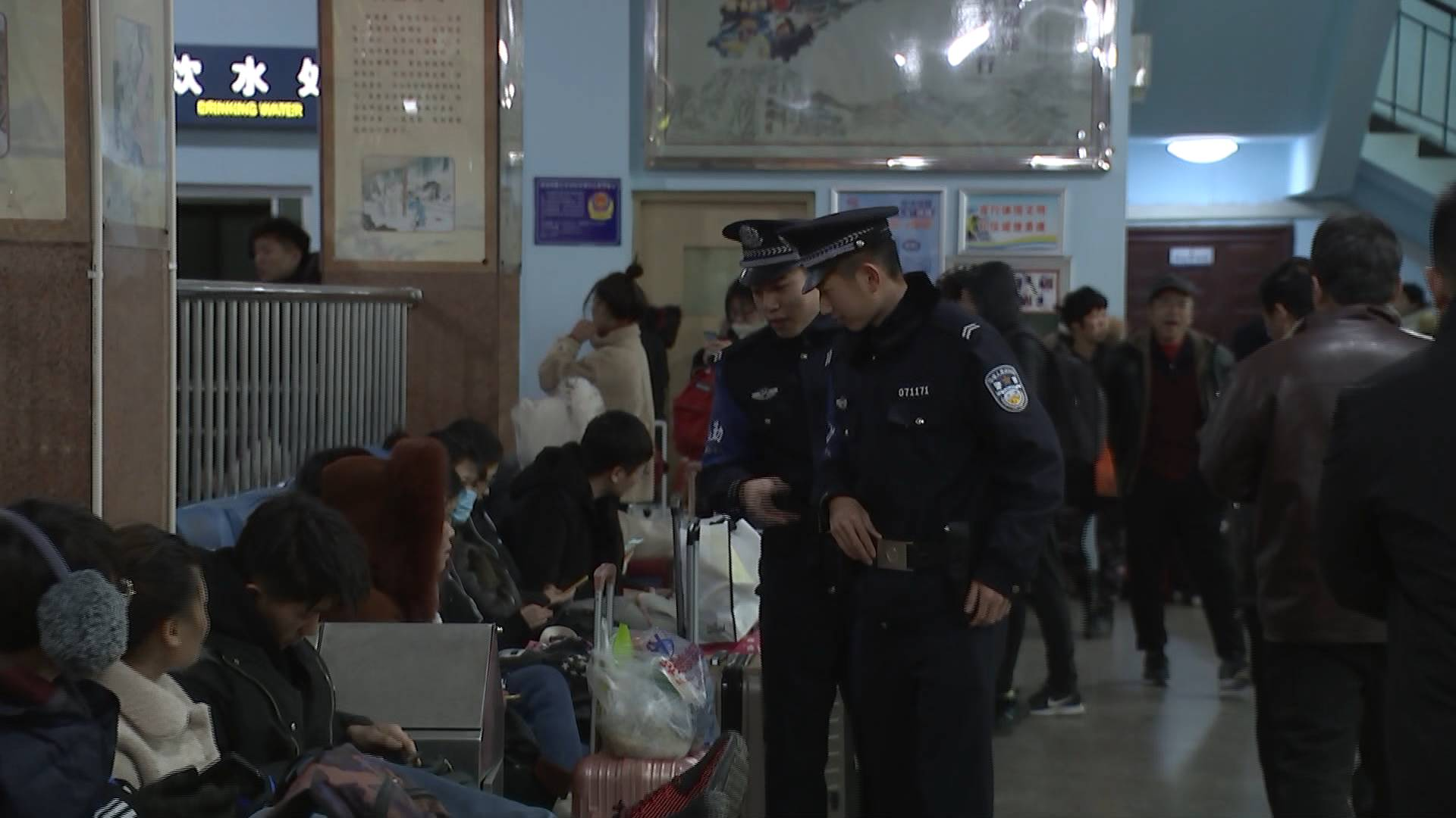 【温暖春运返程路】临沂火车站:一张小贴士 暖了旅客心