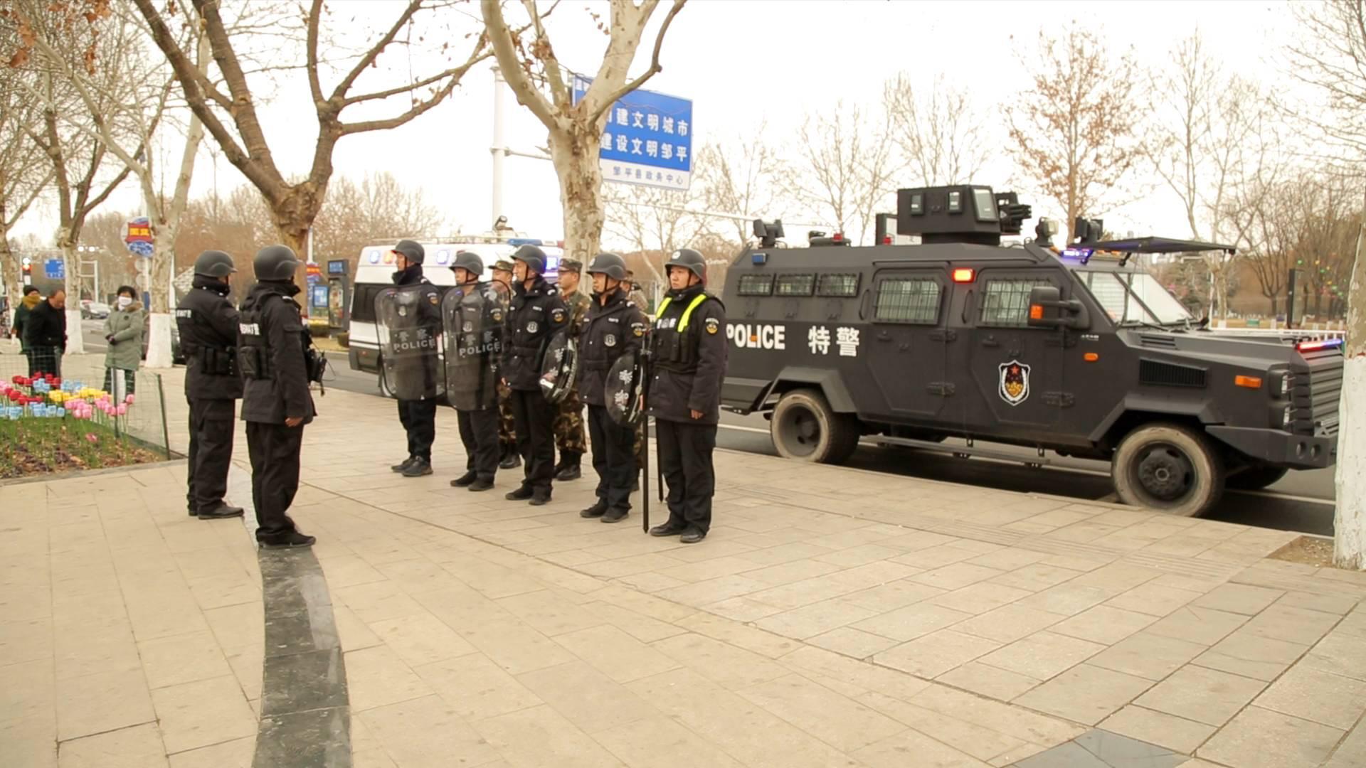 山东出动30万余警力确保春节假期治安秩序平稳社会欢乐祥和