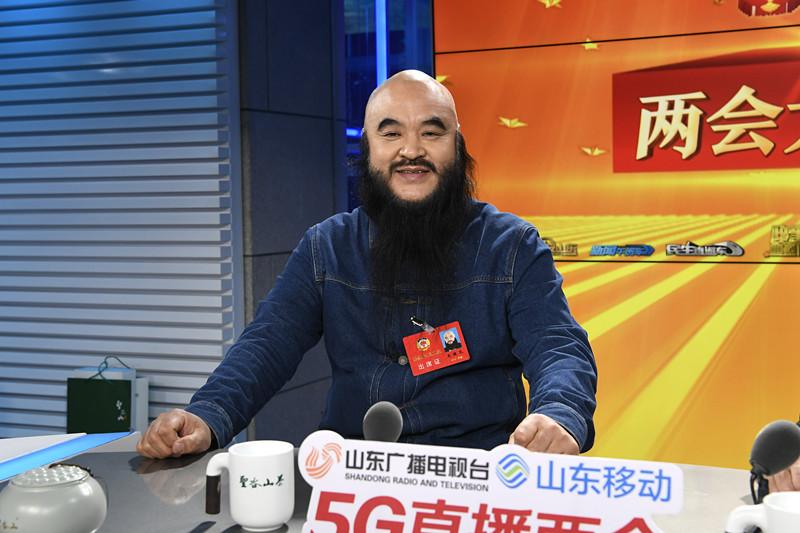 两会大家谈丨省政协委员吴健民:政府效能提高 以前半年的审批一个月就完成了