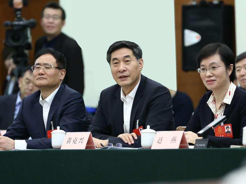 省人大代表黄克兴:大企业要当好高质量发展的龙头