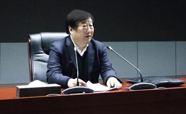 中国重汽召开全体领导干部大会 谭旭光发表重要讲话