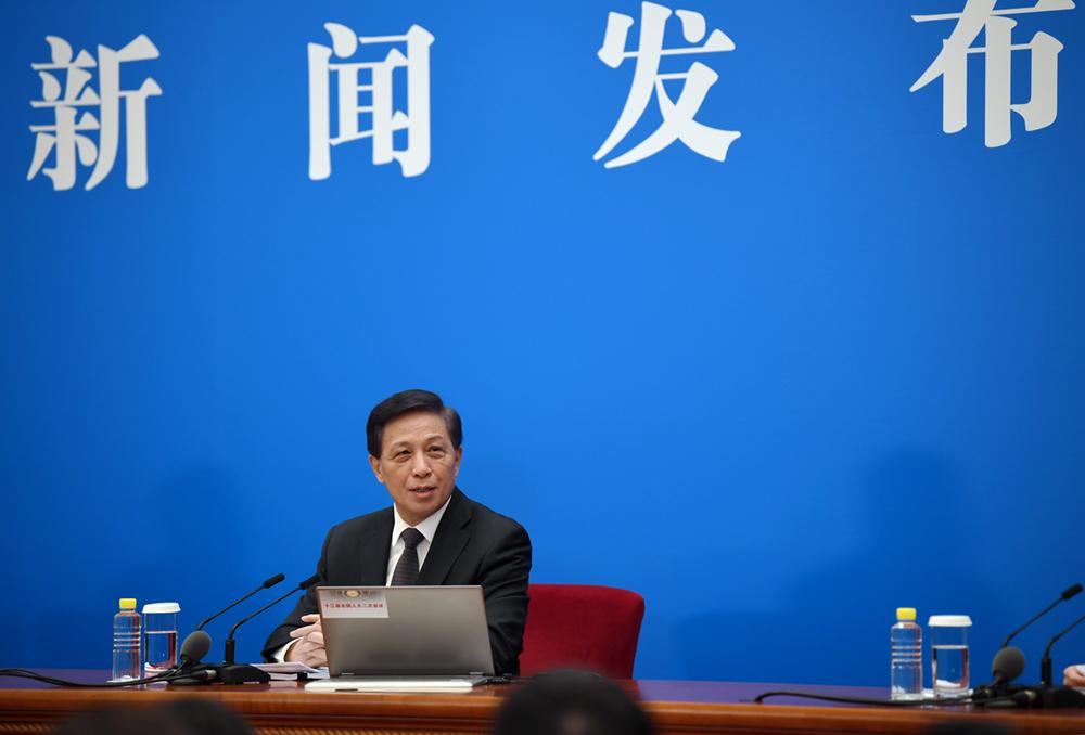 张业遂谈朝鲜半岛问题:关键是坚持政治解决的正确途径