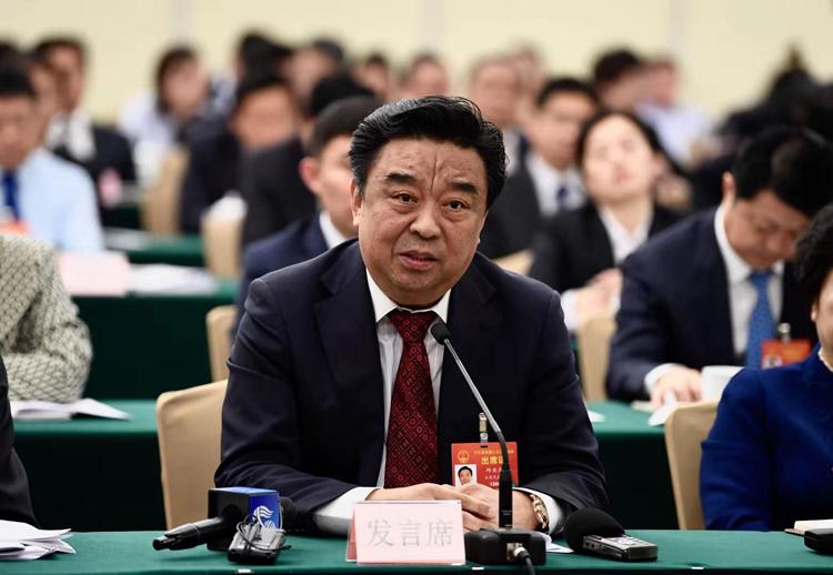 全国人大代表邱亚夫:建议把新动能新兴产业发展提升为国家战略