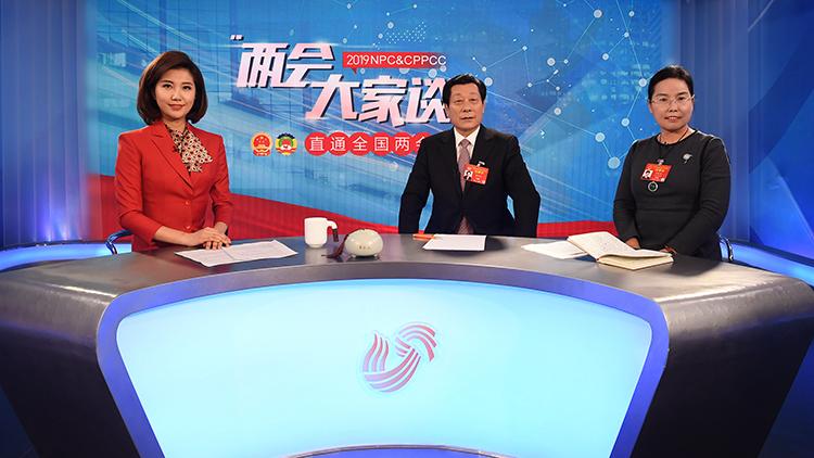 """两会大家谈丨全国政协委员樊庆斌:学训并重体教结合 提升学生""""精气神"""""""