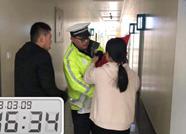 救人如救火!儿童误吞水银 滨州交警紧急护送就医