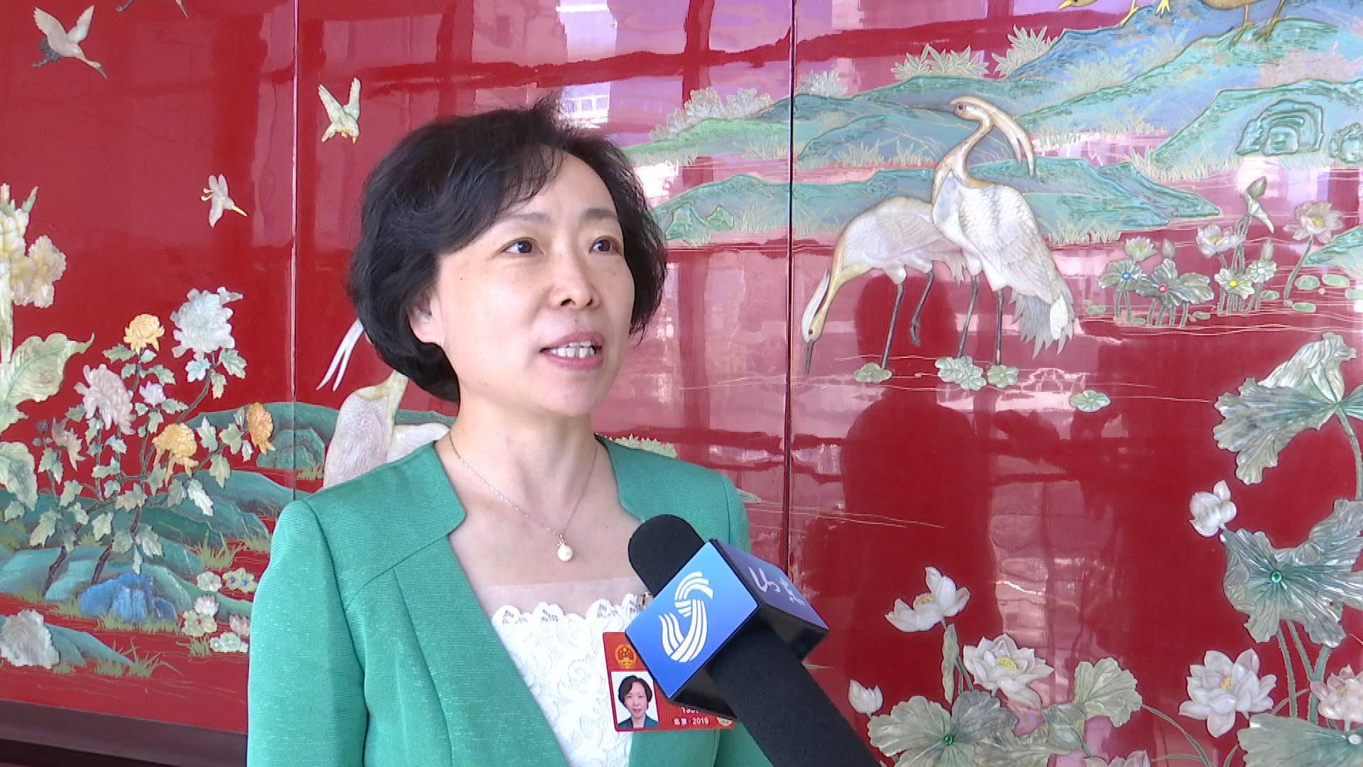 全国人大代表曹金萍谈为基层减负:破除形式主义,关键是抓好落实