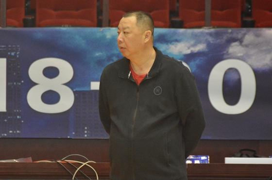 """山东男篮迎常规赛收官战 赛前吴庆龙给队员打""""预防针"""""""