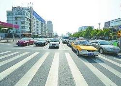 """济南经十路与山师东路交叉口东西向拟实施机动车""""禁左""""(附绕行地图)"""