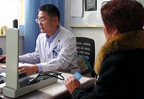 """昌乐""""齐鲁基层名医""""刘成祥:20年默默付出 心里时刻装着患者"""