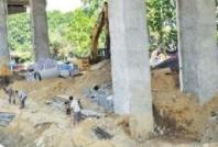 枣庄一建材公司露天存放原材料被环保部门立案查处