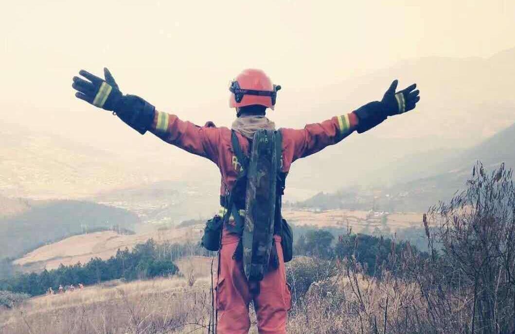 老师曾说消防最辛苦 凉山救火英雄张成朋: 我早就已经准备好了!