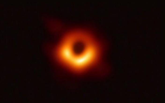 93秒丨看,这就是黑洞!人类史上首张黑洞照片公布