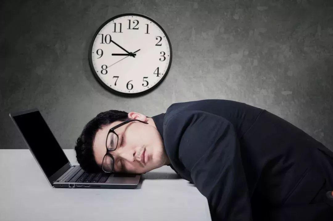 59秒丨转给老板!倡导加班文化可能适得其反