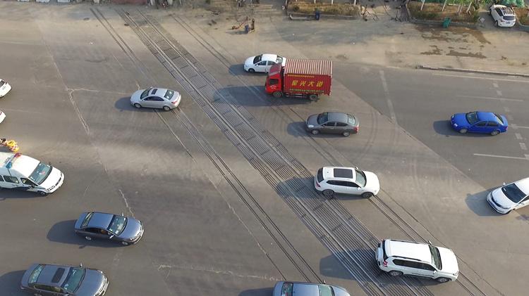 这么多人吐槽的济南废弃铁轨,拆除到底卡在哪儿?