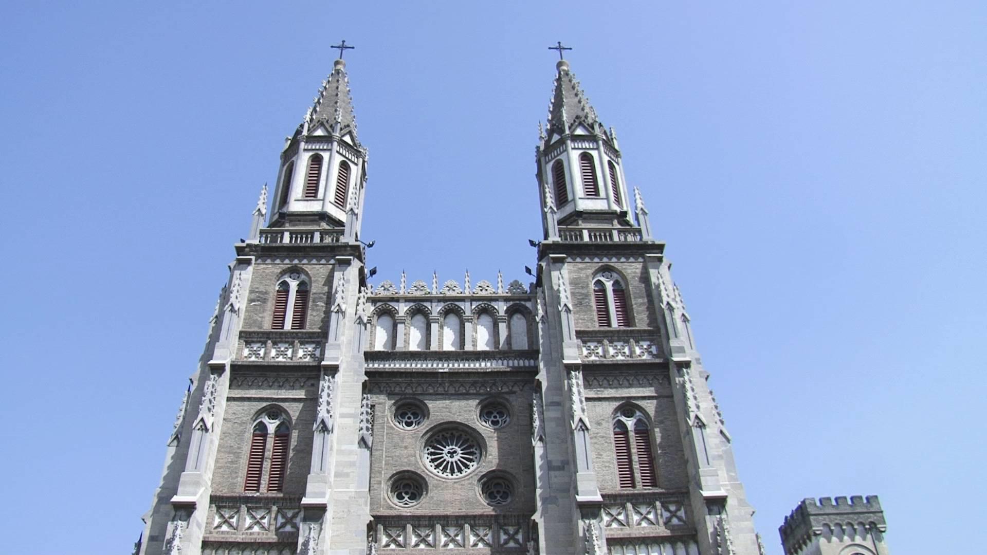 避免重蹈巴黎圣母院覆辙!济南洪楼教堂穹顶木质塔尖防火措施升级