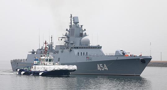 """俄最佳护卫舰""""戈尔什科夫海军元帅""""号来青岛了,看看它有多厉害"""