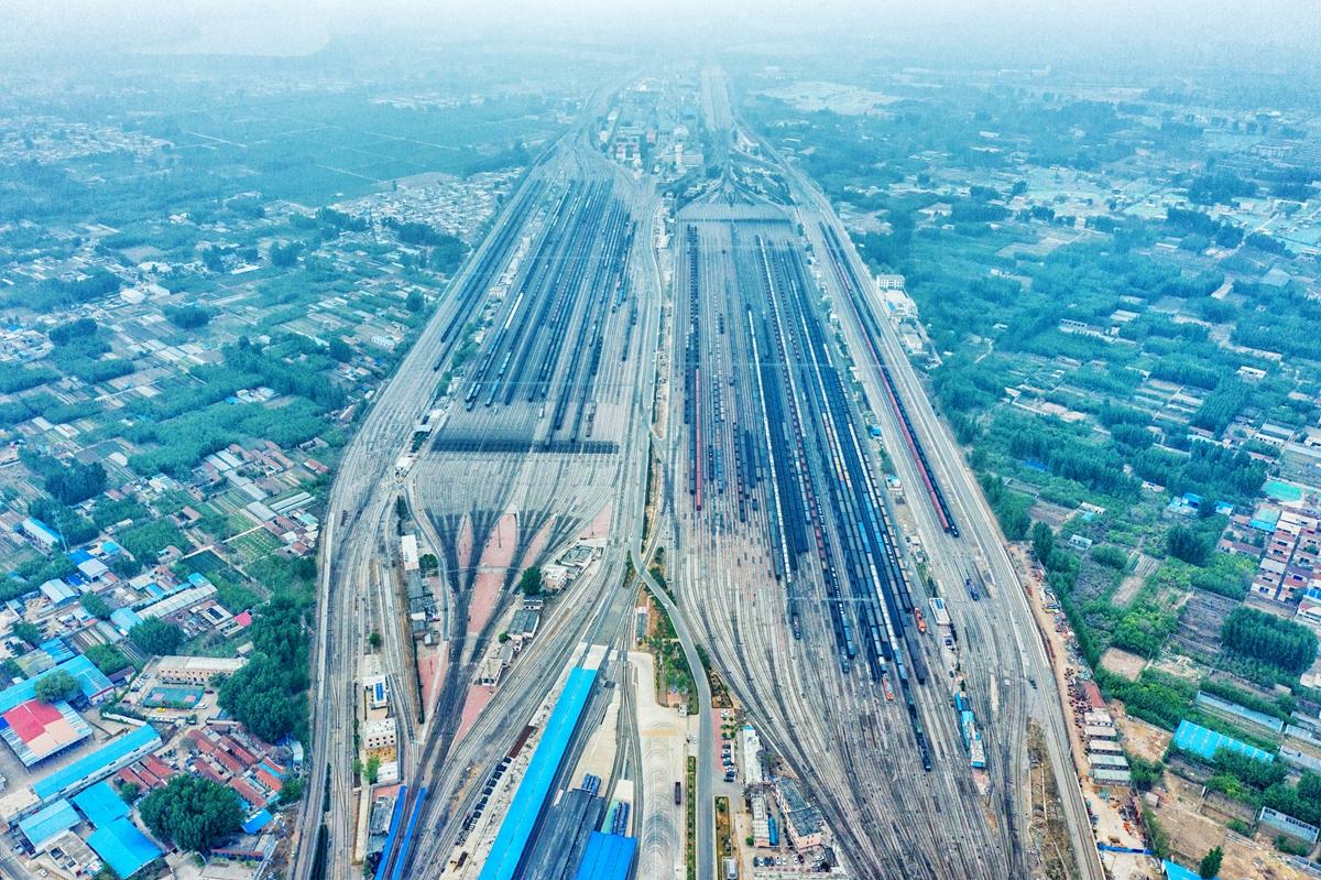 72秒|9万多公里!山东这个铁路站全年发送车辆长度能绕地球两圈多