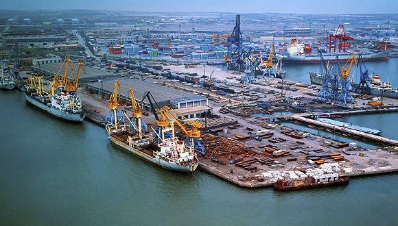 山东沿海港口总泊位数达到597个 总吞吐能力8.6亿吨
