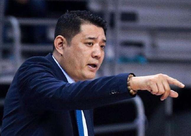 山东西王男篮换帅引球迷热议:千呼万唤始出来 山东篮球复兴在即