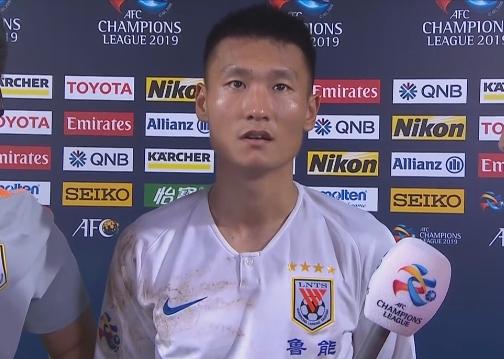 宋文杰:错失单刀非常可惜 教练让我扰乱对方后防线