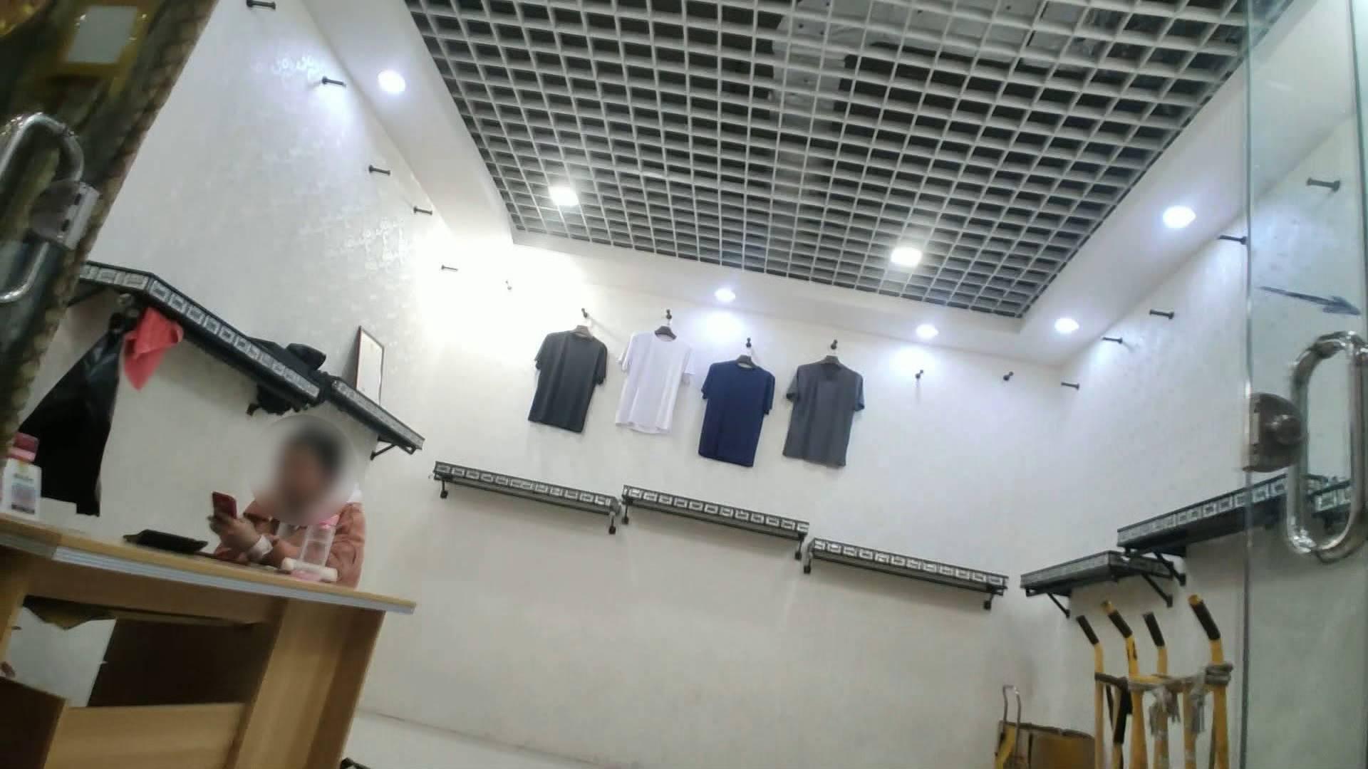 问政山东丨即墨服装市场千元名牌衣服只卖几十元!附近村子200多个加工点偷着做
