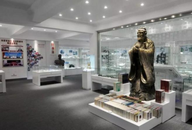 田家炳教育基金会捐资500万元支持中国教师博物馆建设