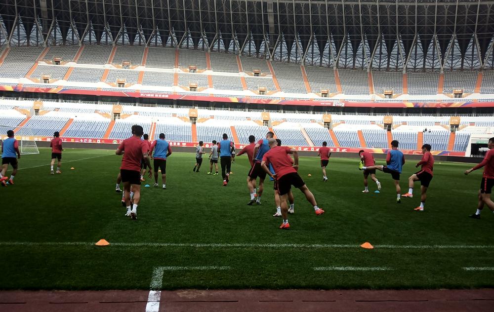华夏队长:李霄鹏是国内优秀教练 期待鲁能亚冠取得好成绩