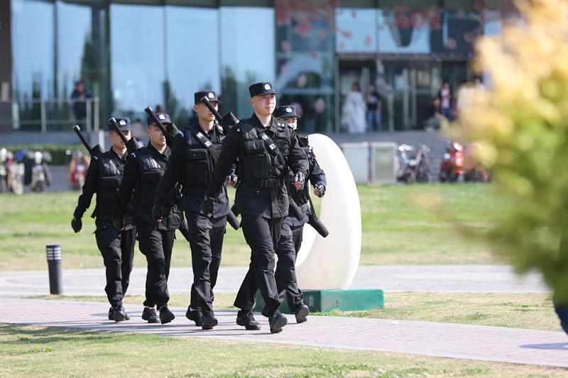 """出动警力10.4万余人 """"五一""""期间山东社会治安秩序平稳良好"""