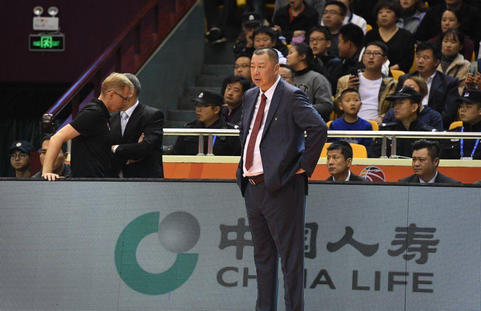 吴庆龙带队青岛训练 正式执教国信男篮或只是时间问题