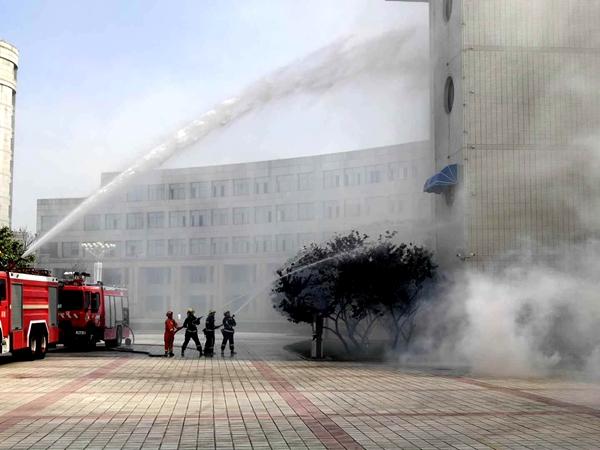 菏泽市举办地震应急救援综合演练