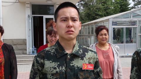 闪光点丨泪奔!妈妈突然出现在身后,淄博这位消防员泣不成声