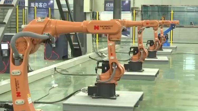 """【动能转换看落实·大竞赛大比武】聊城实现工业机器人""""无中生有"""""""