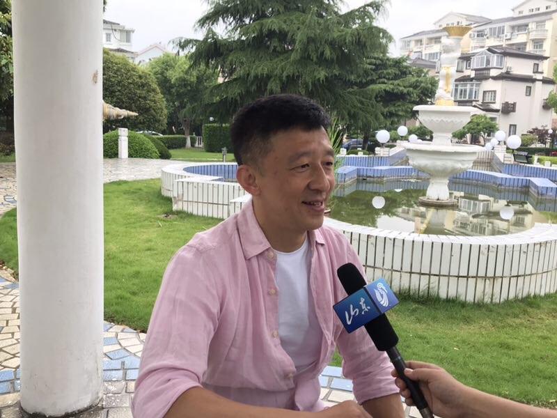 刘越预测鲁能将客场小胜申花 直言李霄鹏给球队带来凝聚力