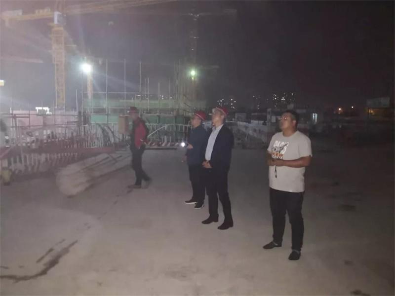 夜查扬尘治理 济宁这17处建筑工地存在问题被曝光