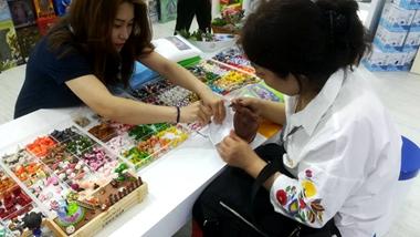 山东展区文化产品备受青睐 参观人数和合作意向迎来新高