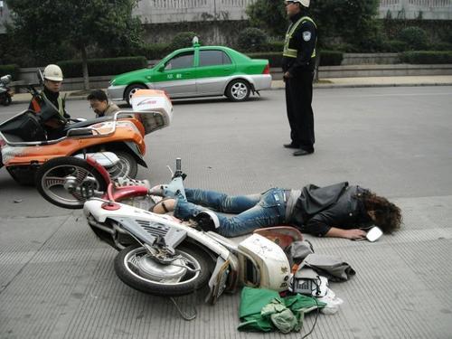 济南交警发布部分非机动车交通事故典型案例和交通违法查处情况