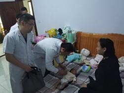 万名医生下基层丨市里专家到村卫生室坐诊 罗庄的村民心里踏实了