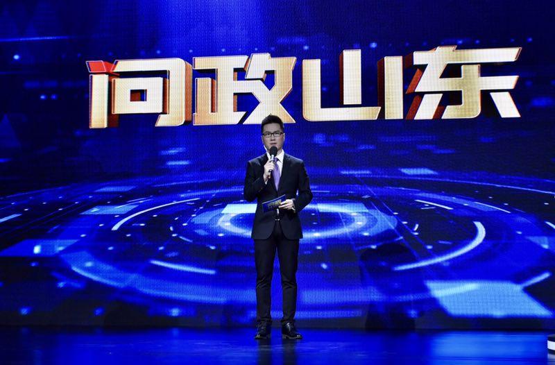 """专访《问政山东》主持人朱文超:我是问政舞台上的""""节拍器"""""""