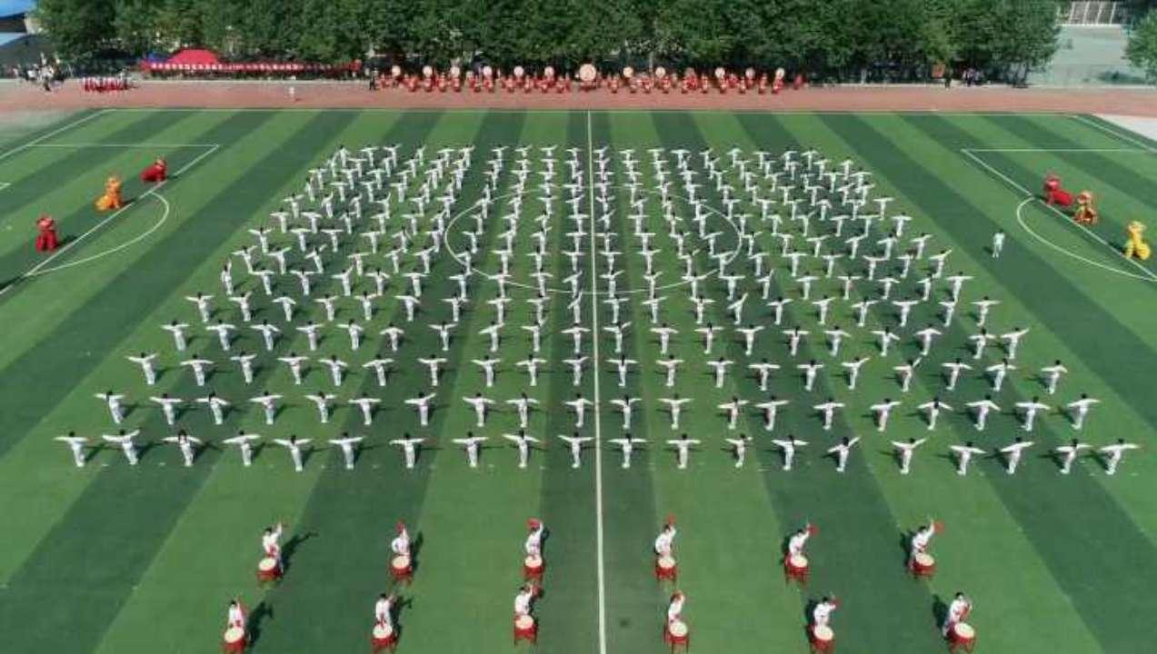 潍城区全民健身体育节暨中小学生春季田径运动会启幕