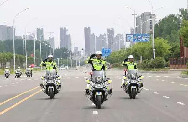 临沂88辆铁骑上路执勤 开启城区摩托化巡防模式