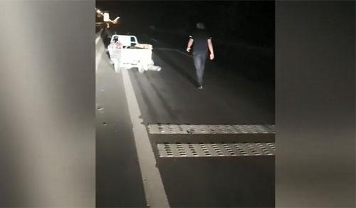 36秒丨惠民民警及时救助醉酒男子 热心举动暖人心