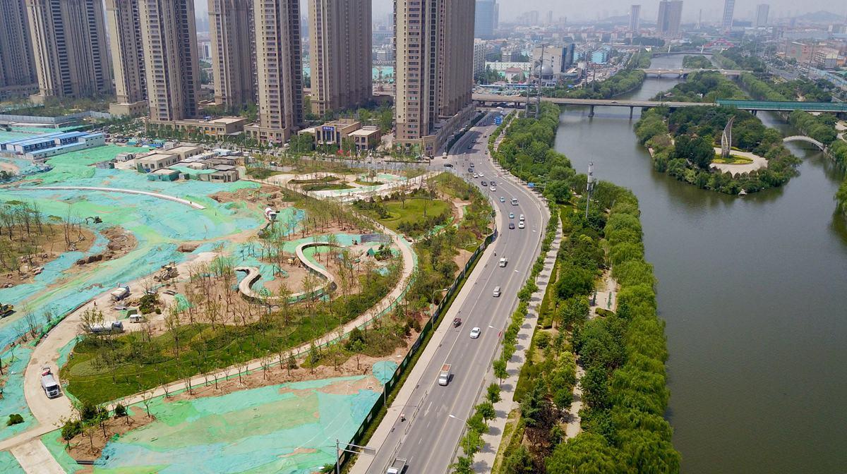"""飞吧山东丨""""泉城印象""""景观即将成型 云锦湖公园有望7月注水成景"""