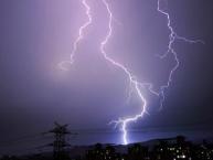 海丽气象吧丨淄博发布雷电黄色预警 局地可能有冰雹和短时强降水