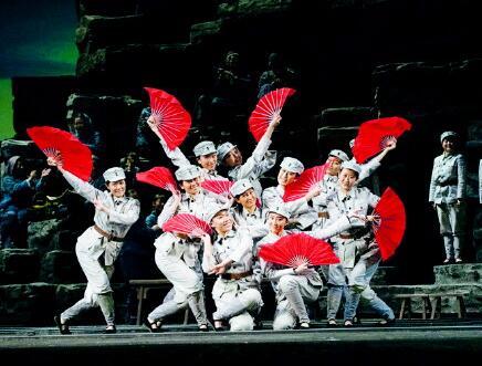 民族歌剧《沂蒙山》多位主创艺术家获聘山东艺术学院教授